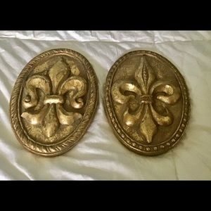 Wall decor oblong finials gold lots of detail